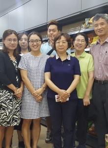 Lee mart 탐피니스몰점 개업 전 예배